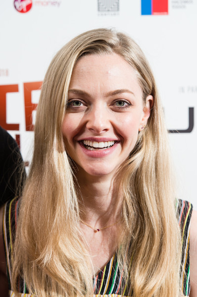 Amanda Seyfried Long Side Part