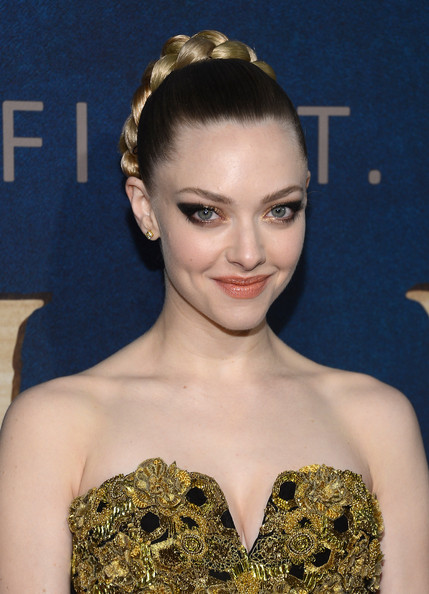Amanda Seyfried Cat Eyes