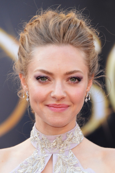 Amanda Seyfried Jewel Tone Eyeshadow