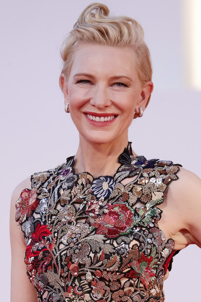 More Pics of Cate Blanchett Pompadour (8 of 66) - Cate Blanchett Lookbook - StyleBistro [hair,hairstyle,blond,chin,beauty,fashion,lip,bun,dress,chignon,blond,cate blanchett,amants red carpet,hair,hair,fashion,red carpet,brown hair,hairstyle,77th venice film festival,hair,hair coloring,bangs,long hair,layered hair,blond,brown hair,ringlet,lock of hair,fashion]