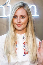 Diana Vickers wore her hair down in long straight layers during the Amazon Fashion Photography Studio launch.