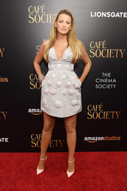Blake Lively looked absolutely adorable in a gray Carolina Herrera mini dress with clustered floral beading during the New York premiere of 'Cafe Society.'