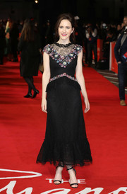 Rachel Brosnahan looked fetching in a black Rodarte lace dress with colorful floral embellishments at the world premiere of 'The Romanoffs.'