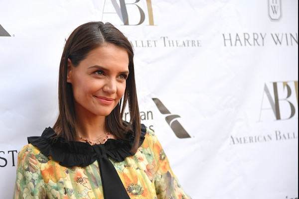 More Pics of Katie Holmes Medium Straight Cut (1 of 11) - Katie Holmes Lookbook - StyleBistro [katie holmes,hair,skin,beauty,hairstyle,eyebrow,fashion,fashion design,long hair,smile,black hair,american ballet theatre 2019 spring gala,new york city,metropolitan opera house]