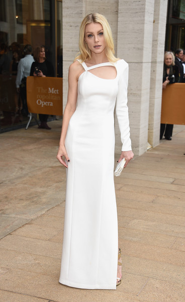 Jessica Stam was sleek and modern in an asymmetrical white cutout gown by Escada during the American Ballet Theatre Diamond Jubilee Spring Gala.