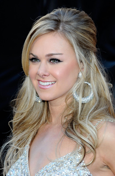 More Pics of Laura Bell Bundy Cat Eyes (2 of 14) - Laura Bell Bundy Lookbook - StyleBistro