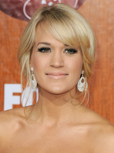 More Pics of Carrie Underwood Strappy Sandals (5 of 22) - Carrie Underwood Lookbook - StyleBistro
