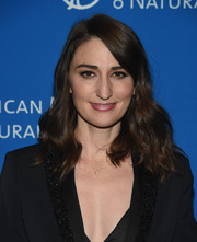 Sara Bareilles wore her hair down to her shoulders in a gently wavy style at the 2018 American Museum of Natural History Gala.