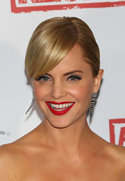 Mena Suvari wore a pair of filaments earrings in 18-carat gold with diamonds at the Australian premiere of 'American Reunion.'