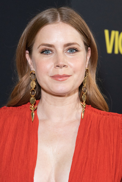 Amy Adams Gold Dangle Earrings [world premiere of ``vice,hair,hairstyle,eyebrow,lip,blond,chin,long hair,premiere,brown hair,layered hair,amy adams,samuel goldwyn theater,beverly hills,california,annapurna pictures,gary sanchez productions,plan b entertainment,red carpet,ampas]