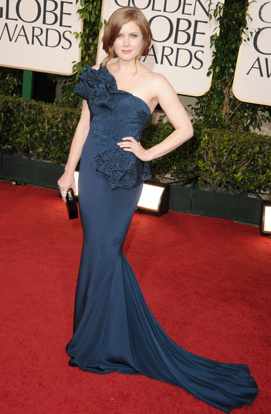 Amy Adams Evening Dress [blue,gown,flooring,dress,carpet,fashion model,beauty,lady,red carpet,shoulder,arrivals,amy adams,hotel,beverly hills,california,the beverly hilton,golden globe awards]