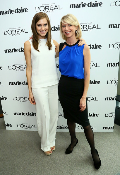 Amy Cuddy Loose Blouse [clothing,fashion,shoulder,fashion design,dress,footwear,event,cocktail dress,formal wear,suit,arrivals,marie claire,allison williams,marie claires power women lunch,amy cuddy,l-r,new york city,loreal paris,power lunch]