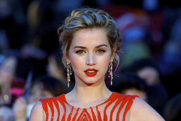 Ana de Armas Diamond Chandelier Earrings [hair,face,lip,hairstyle,beauty,eyebrow,blond,fashion,lady,skin,malaga,spain,cervantes theater,malaga film festival,closing ceremony,malaga film festival 2014,ana de armas]