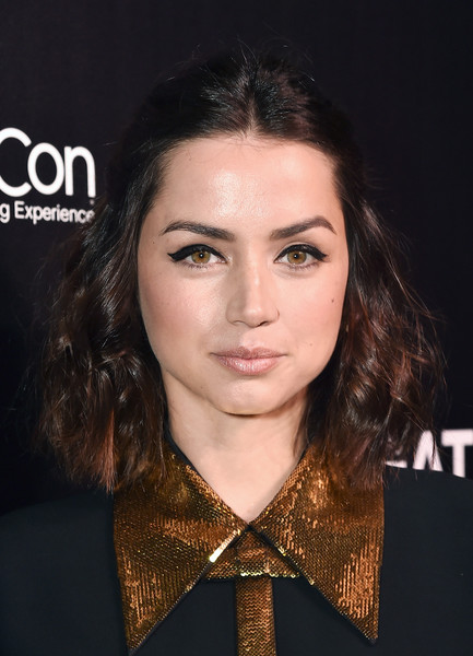 Ana de Armas Half Up Half Down [long shot,cinemacon 2019 lionsgate invites you to an exclusive presentation and screening of ?long shot,hair,face,eyebrow,hairstyle,chin,lip,beauty,cheek,forehead,brown hair,ana de armas,an exclusive presentation and screening,caesars palace,the colosseum,las vegas,cinemacon 2019,lionsgate,convention]