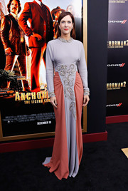 Kristen Wiig went the Old Hollywood route in an embellished two-tone Prada gown when she attended the 'Anchorman 2' NYC premiere.