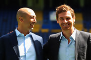 Andre Villas Boas wore his hair in short curls, parted to the side.