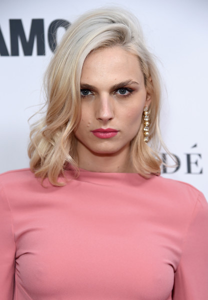 Andreja Pejic Medium Wavy Cut [hair,face,blond,hairstyle,lip,shoulder,pink,eyebrow,chin,beauty,arrivals,women of the year awards,andreja pejic,brooklyn,new york,kings theatre,glamour,glamour celebrates 2017 women of the year awards]