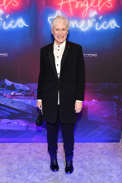 Glenn Close continued the menswear-chic vibe with a pair of black leather lace-ups.