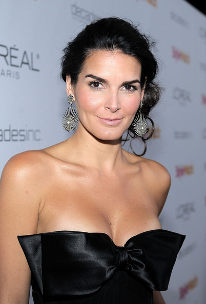Angie Harmon Dangling Diamond Earrings