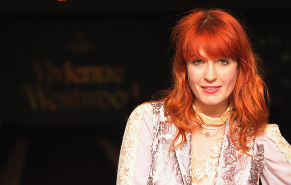 More Pics of Florence Welch Long Wavy Cut with Bangs (1 of 3) - Long Wavy Cut with Bangs Lookbook - StyleBistro