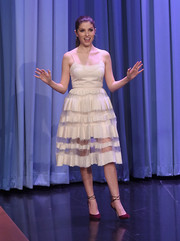 Anna Kendrick looked totally enchanting on 'Jimmy Fallon' in a cream-colored Jonathan Cohen cocktail dress with a sheer-striped skirt.