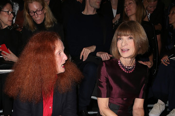 Anna Wintour Grace Coddington Saint Laurent : Front Row - Paris Fashion Week Womenswear Spring/Summer 2016