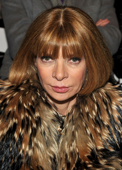 Anna Wintour Bob [mbfw,hair,face,fur,fur clothing,hairstyle,hair coloring,brown hair,layered hair,blond,beauty,vera wang,anna wintour,editor-in-chief,front row,american,bryant park,new york city,the promenade,vera wang fall 2010 fashion show]