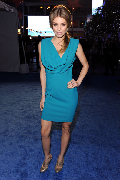 AnnaLynne McCord Cocktail Dress [red carpet,dress,clothing,fashion model,cobalt blue,cocktail dress,electric blue,hairstyle,turquoise,shoulder,fashion,annalynne mccord,peoples choice awards,california,los angeles,nokia theatre l.a. live]