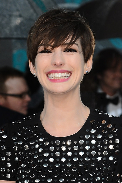 Anne Hathaway Short Cut With Bangs [hair,face,hairstyle,eyebrow,lip,bangs,chin,beauty,forehead,smile,red carpet arrivals,anne hathaway,ee,england,london,the royal opera house,british academy film awards]