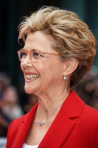 Annette Bening Messy Cut [life itself premiere,hair,hairstyle,chin,wrinkle,premiere,smile,layered hair,arrivals,annette bening,toronto,canada,roy thomson hall,toronto international film festival,premiere]