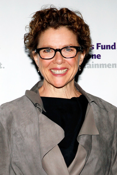 Annette Bening Short Curls [hair,eyewear,glasses,hairstyle,chin,vision care,long hair,smile,brown hair,white-collar worker,new york city,actors fund gala,annette benning,marriot marquis]