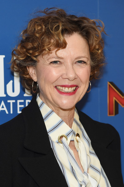 Annette Bening Short Curls [captain marvel,hair,hairstyle,chin,official,smile,white-collar worker,annette bening,screening,new york,henry r. luce auditorium,brookfield place,screening]