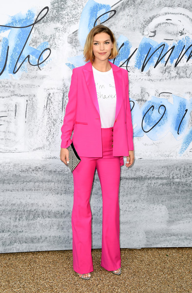 Arizona Muse Pantsuit [clothing,suit,pink,blazer,pantsuit,street fashion,electric blue,fashion,outerwear,formal wear,arizona muse,england,london,serpentine galleries,chanel,summer party,red carpet arrivals,the serpentine gallery,the summer party]