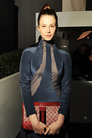 Elettra Wiedemann was out and about during Mercedes-Benz Fashion Week carrying a chic Gucci clutch.