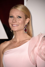 Gwyneth Paltrow opted for a simple slicked-down hairstyle when she attended the Oscars.