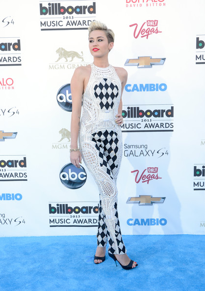 More Pics of Miley Cyrus Jumpsuit (1 of 86) - Miley Cyrus Lookbook - StyleBistro