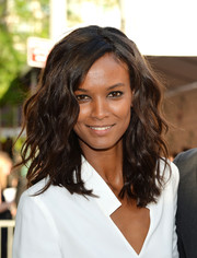 Liya Kebede wore an edgy-gorgeous wavy 'do at the CFDA Fashion Awards.