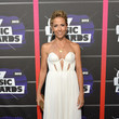 Sheyrl Crow in White at the CMT Music Awards