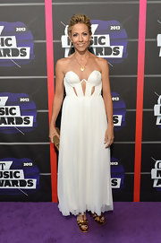 Sheryl Crow chose a strapless cutout dress with a flowing skirt for the CMT Music Awards.