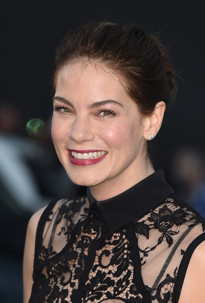 More Pics of Michelle Monaghan Diamond Bracelet (1 of 27) - Michelle Monaghan Lookbook - StyleBistro [hair,face,hairstyle,eyebrow,beauty,chin,smile,fashion,lip,premiere,critics choice movie awards,california,los angeles,hollywood palladium,arrivals,michelle monaghan]