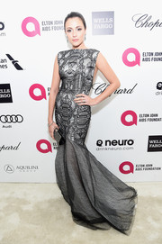 Italia Ricci made a very elegant choice with this Yosep Sinudarsono mermaid gown when she attended Elton John's Oscar-viewing party.