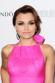 Samantha Barks' pinned 'do featured a soft wave that framed her face and drew attention to her stunning smoky eye.