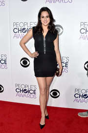Kelen Coleman went for a leggy look in a micro LBD during the People's Choice Awards.