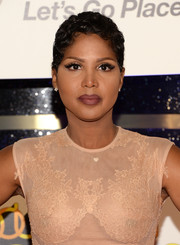 Toni Braxton stayed cool with this pixie at the 2013 Soul Train Awards.
