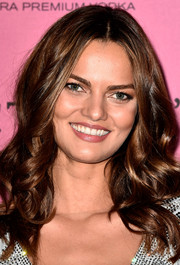 Barbara Fialho topped off her look with a sweet curly hairstyle during the Victoria's Secret fashion show after-party.