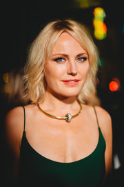 Malin Akerman attended the 2019 Art of Elysium Heaven Gala wearing her hair in a wavy bob.