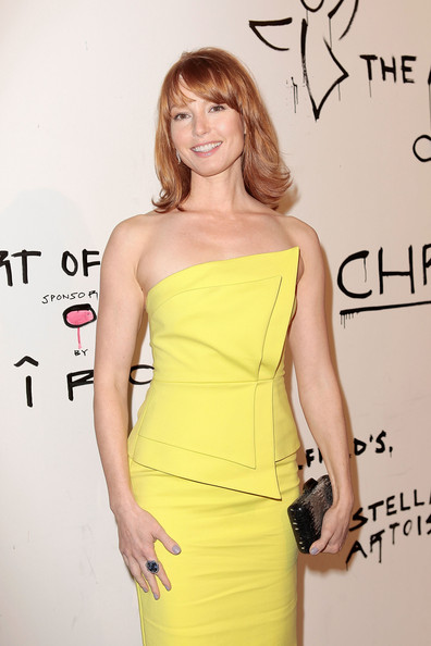 More Pics of Alicia Witt Medium Layered Cut (3 of 19) - Alicia Witt Lookbook - StyleBistro