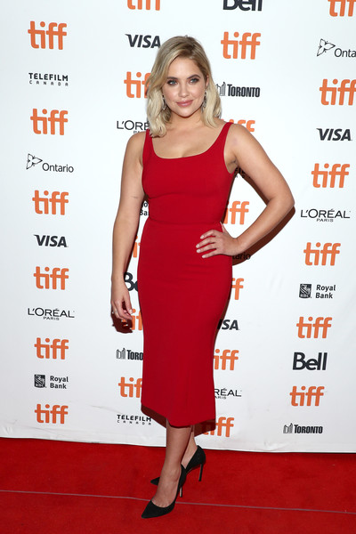 Ashley Benson Form-Fitting Dress [clothing,dress,cocktail dress,red,carpet,premiere,red carpet,footwear,shoulder,fashion model,ashley benson,her smell,toronto,canada,winter garden theatre,toronto international film festival,premiere]