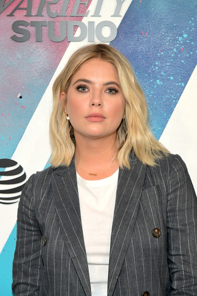 Ashley Benson Medium Wavy Cut [hair,blond,hairstyle,beauty,outerwear,long hair,lip,surfer hair,premiere,layered hair,ashley benson,momofuku toronto,canada,directv house,at t,directv,toronto international film festival]
