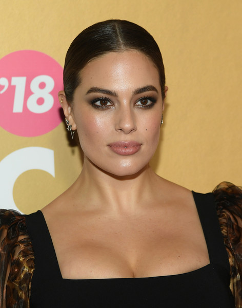 Ashley Graham Ponytail [hair,face,eyebrow,hairstyle,lip,beauty,skin,chin,forehead,cheek,billboard women in music 2018,arrivals,new york city,ashley graham]